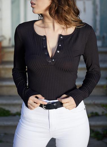XHAN Göğsü Çıtçıtlı Bluz 0Yxk2-43354-02 Siyah